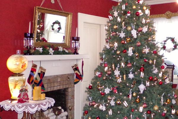 parlor christmas tree - On This Night On This Very Christmas Night